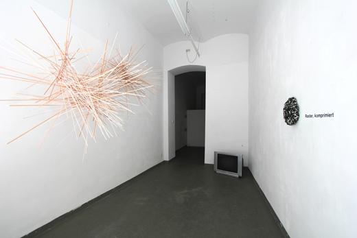 fragile8896-2-furweb